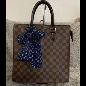 Handbags - ❤️sold❤️ Venice PM